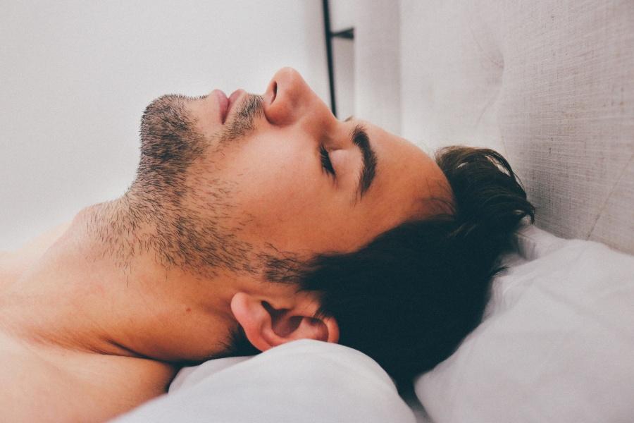 できる人はよく眠る